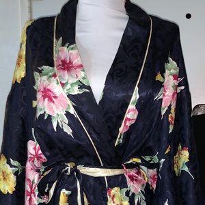 Vintage Christian Dior floral jacquard kimonorobe